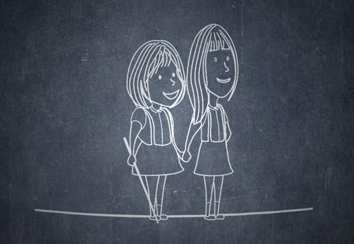 Gambar animasi Andrea dan Salsabila waktu kecil berdiri dan bergandengan tangan